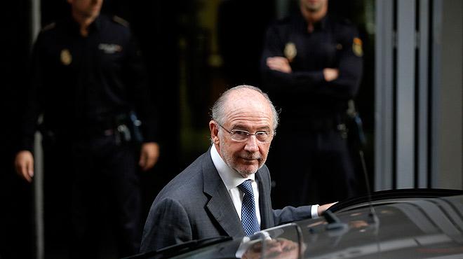 Rodrigo Rato recurre el auto que propone juzgarle por las 'tarjetas black'.El exvicepresidente del Gobierno con Aznar alega que ha devuelto el efectivo que dispuso con su tarjeta opaca de Caja Madrid.