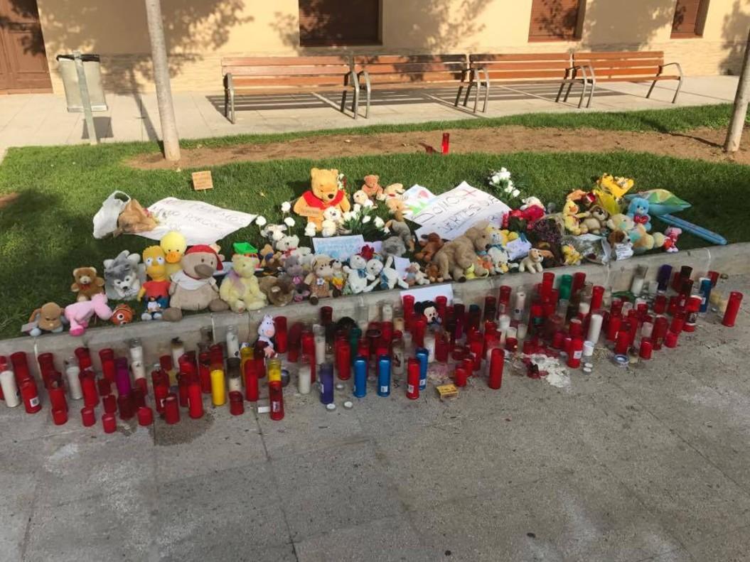Peluixos contra el terror: així acomiada Rubí a Xavi, la víctima de 3 anys