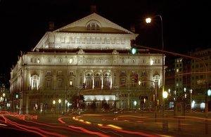 El Teatro Colón de la ciudad de Buenos Aires es considerado uno de los mejores teatros del mundo.