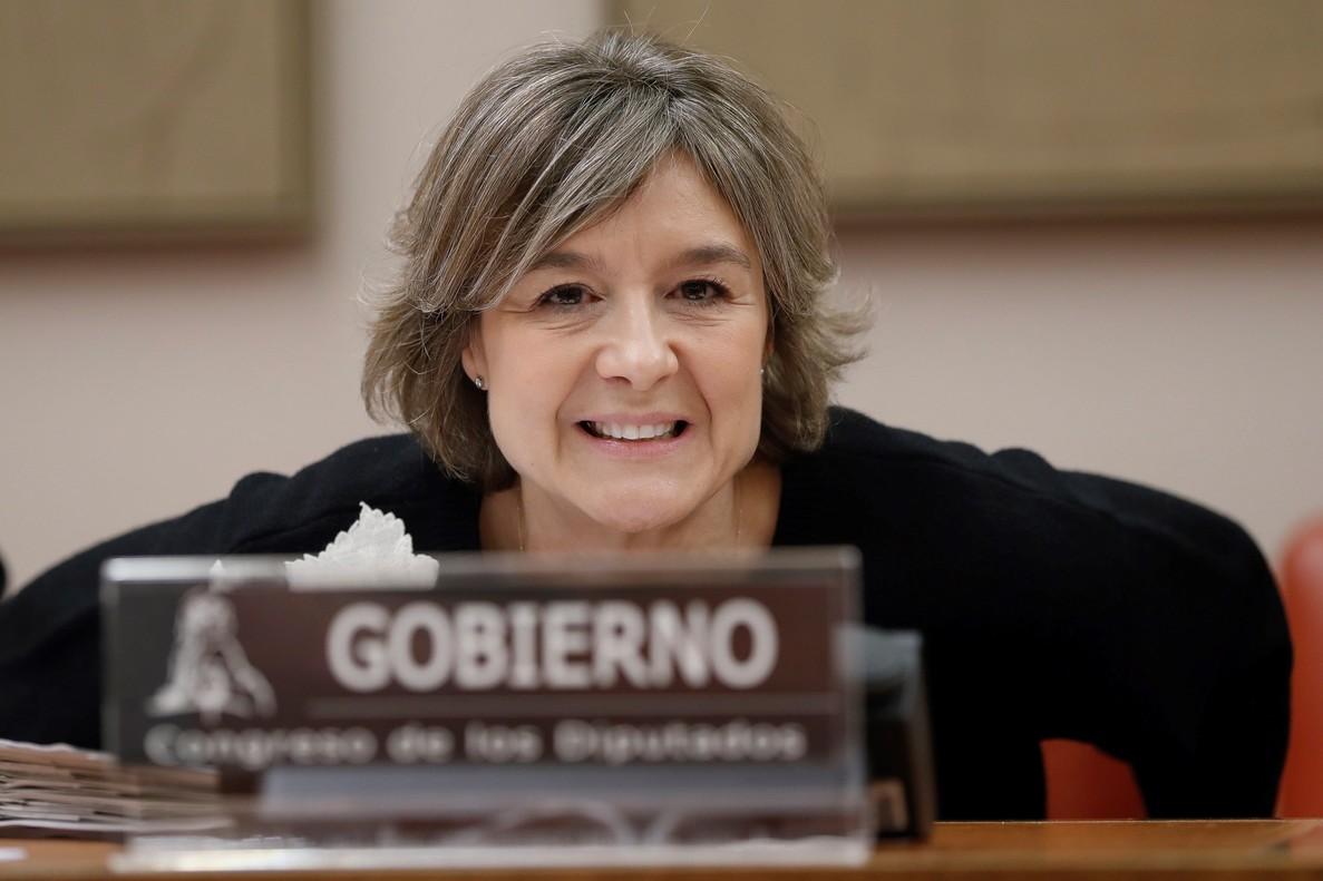 La ministra de Agricultura y Pesca, Alimentación y Medio Ambiente, Isabel García Tejerina, durante una comparecencia en el Congreso