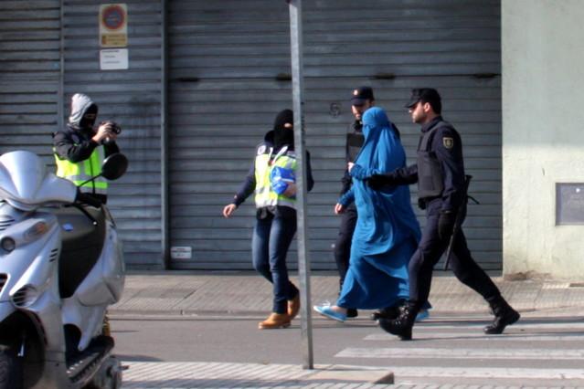 Una de las detenidas en unaoperación contra el yihadismo en Malgrat.