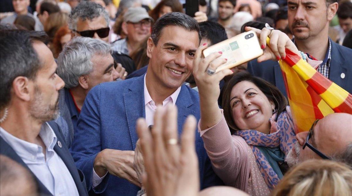 El presidente del Gobierno en funciones, Pedro Sánchez, durante un mitin en Barcelona.