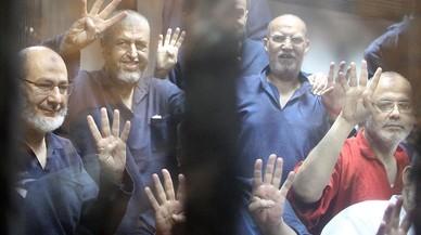 Un tribunal egipcio condena a 75 personas a muerte por una matanza del 2013
