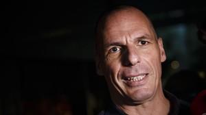 Varoufakis, al salir de su oficina en Atenas, el 1 de julio.
