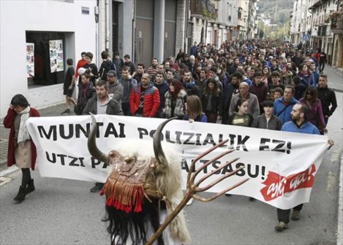 Vecinos de Alsasua rechazaron el sábado la versión oficial del incidente.