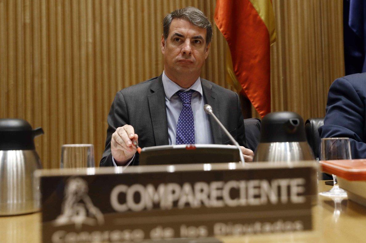El presidente de la SEPI, Vicente Fernández Guerrero, durante su comparecencia en el Congreso.