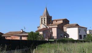 Vista de l iglesia de Riudarenes.