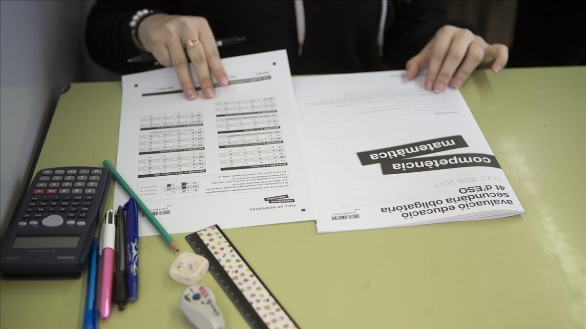 Un estudiante de cuarto de ESO durante las pruebas de competencias del pasado febrero.