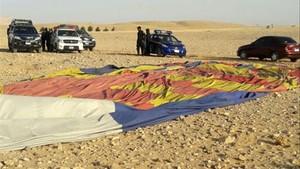 Una sud-africana morta i quatre espanyols ferits en un accident de globus a Egipte