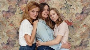 Cristina Genebat, María Rodríguez yLaia Manzanares protagonistas de'Les tres germanes', de Chéjov.