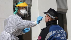 L'OMS avisa Espanya i Itàlia que amb l'aïllament no n'hi ha prou davant el coronavirus