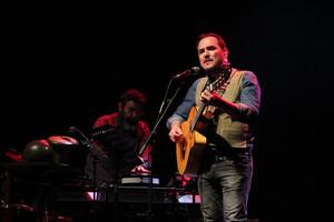 Ismael Serrano, durante el concierto del martes en Porta Ferrada.