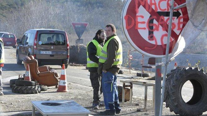 Mor un 'armilla groga' després de ser atropellat per un camió a Avinyó