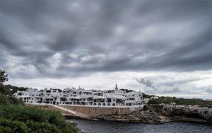 Cielo nublado y cargado de lluvia.