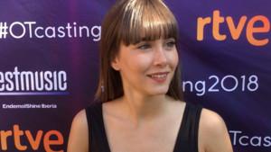 Aitana atendiendo a los medios en el casting de OT 2018 celebrado en Madrid.