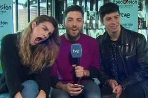 La última de Amaia: bosteza en una conexión en directo con 'OTVisión'