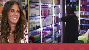 Pillan a Anabel Pantoja poniéndose desodorante en una perfumería sin comprarlo
