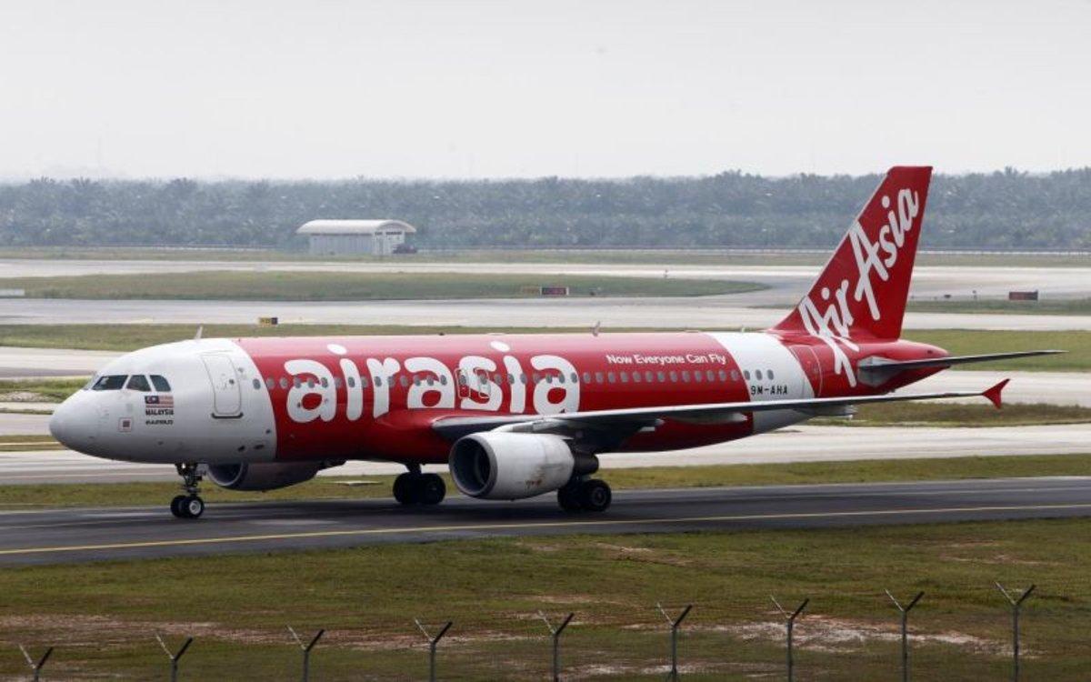 Un avión de la de la compañía aérea AirAsia.