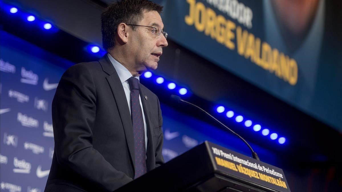 Bartomeu, en su discurso durante el premio internacional de periodismo Vázquez Montalbán a Valdano.