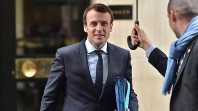 """Hollande promete una respuesta al """"pirateo masivo"""" a la campaña de Macron"""