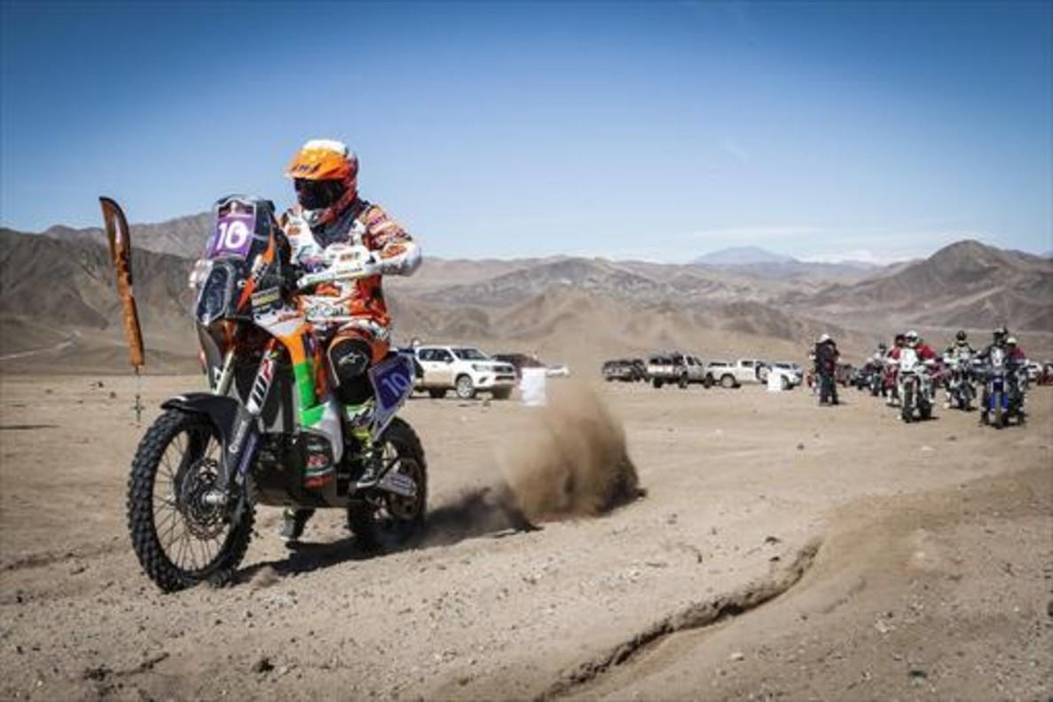 La catalana Laia Sanz (KTM), durante la etapa de ayer el rali de Atacama.