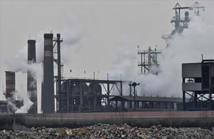 Zona industrial en la ciudad china de Tangshan, una de las más contaminadas de la región de Hebei.