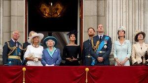 La familia real posa en el balcón del Palacio de Buckingham, el 10 de julio del 2018.