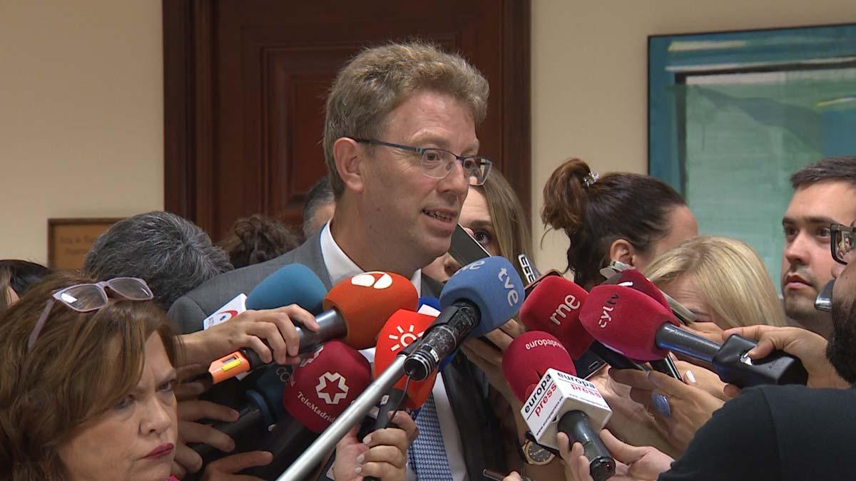 Ferran Bel, del PDeCAT, critica que el Gobierno se contradiga y ahora plantee subir el IRPF.