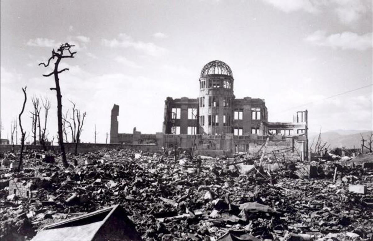 Efectos de la bomba atómica lanzada sobreHiroshima (Japón) por la aviación americana en 1945.