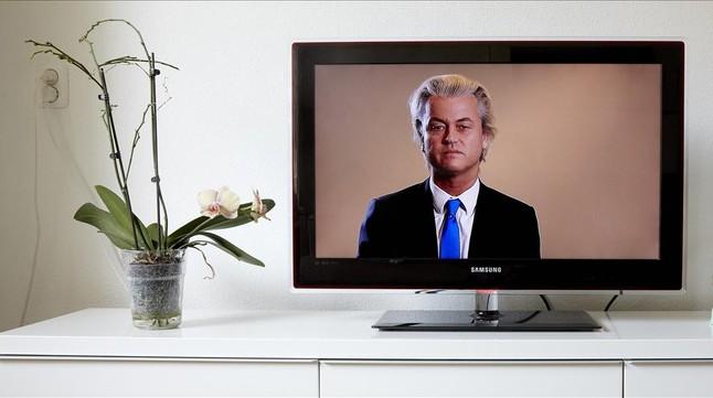 Geert Wilders, en su espacio en la televisión holandesa.