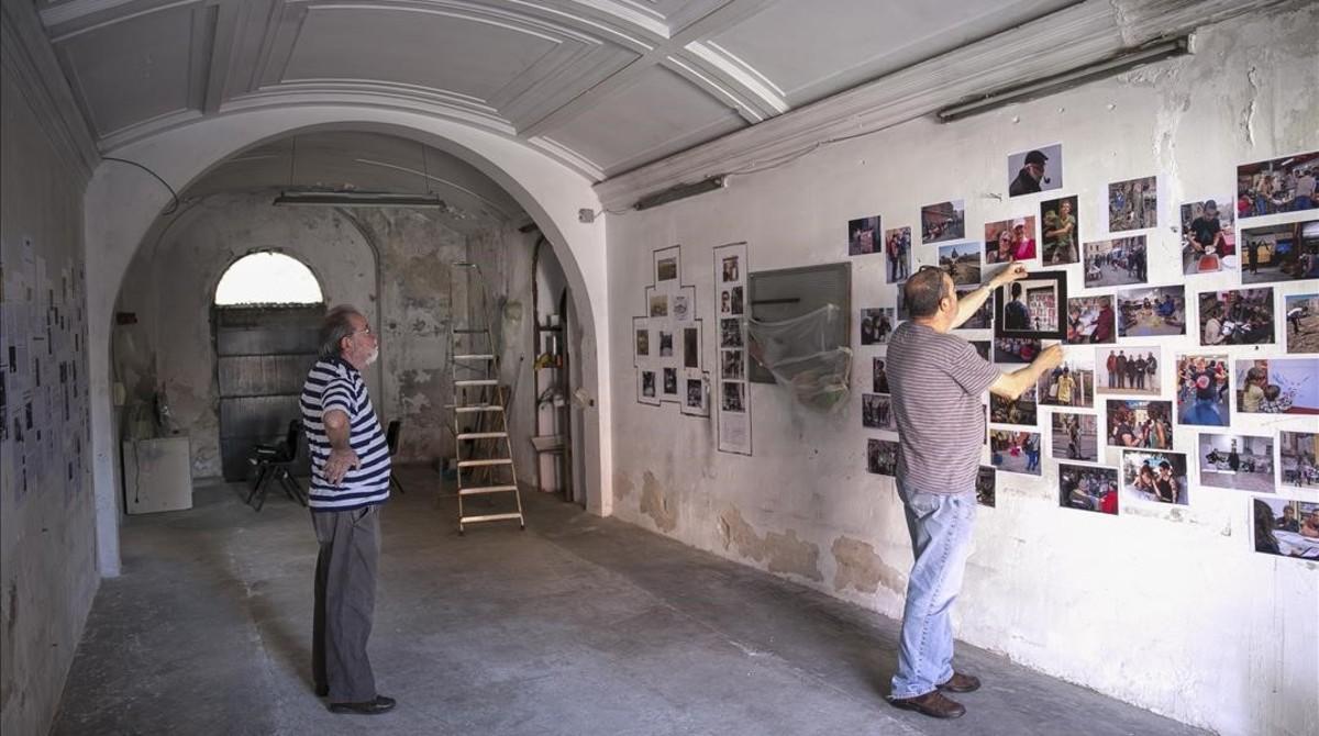 La capilla de Can Batlló, donde puede verse la exposción fotográfica Adéu Can Batlló, Hola Can Batlló.