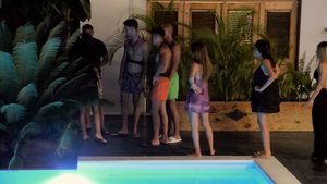 Imagen de la huida de Melyssa a Villa Montaña en 'La isla de las tentaciones 3'.