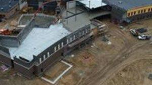 Imagen de las obras de construcción del nuevo edificio del centro Fruitport High School, en Michigan.