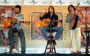 El trio Ketama, en el 2004. De izquierda a derecha Juan José Carmona,Antonio Carmona y Josemi Carmona.