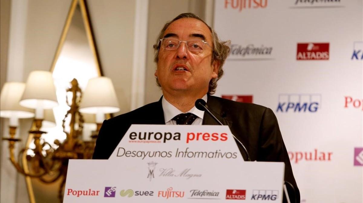El presidente de la CEOE, Juan Rosell, durante la conferencia que ha dado este miércoles.