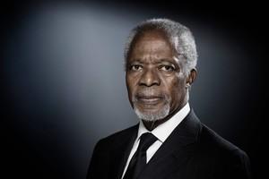 Kofi Annan, durante una sesión de fotos en diciembre del 2017 en París.