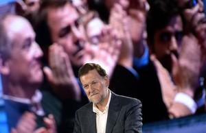 Mariano Rajoy, anoche, en el mitin que dio en Pontevedra tras sufrir la agresión.