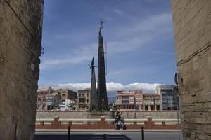 El monumento franquista del Ebro, en Tortosa, inaugurado en 1966.