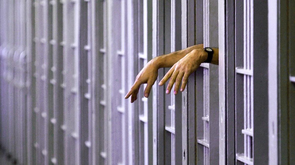 Un reo en el corredor de la muerte de una cárcel.