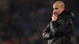 Pep Guardiola, reflexivo, en el Burnley-Manchester City del pasado miércoles.
