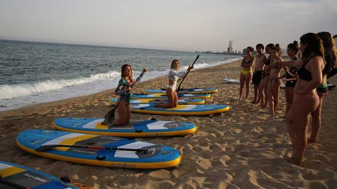 Pilates y paddle surf se unen para crear una de las tendencias del verano
