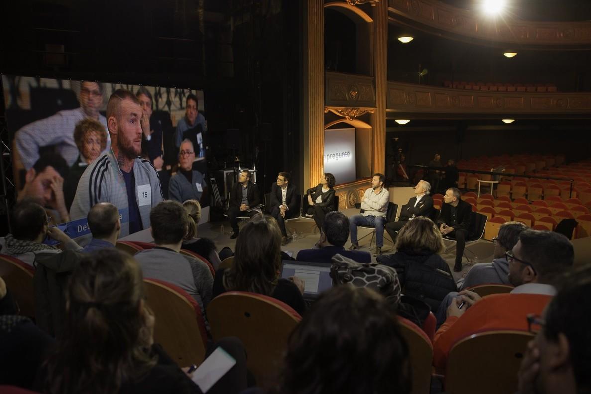 Imagen de la presentación de Jo pregunto, en el Teatre Conservatori de Manresa.