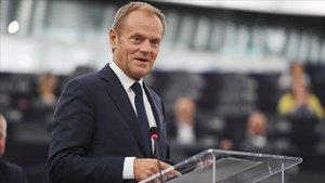 El presidente del Consejo Europeo, Donald Tusk, comparece ante la Eurocámara.