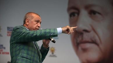 Erdogan asume la presidencia turca, con poderes casi ilimitados