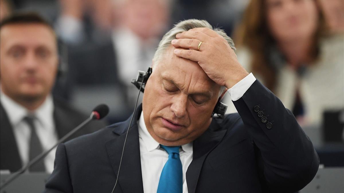 El primer ministro de Hungría, Viktor Orban, durante su intervención frenta a la Eurocámara este martes.