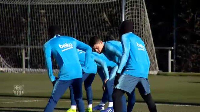 Los jugadores disponibles se han ejercitado en la Ciudad Deportiva y los que disputaron el partido de ayer han realizado trabajo de recuperación.