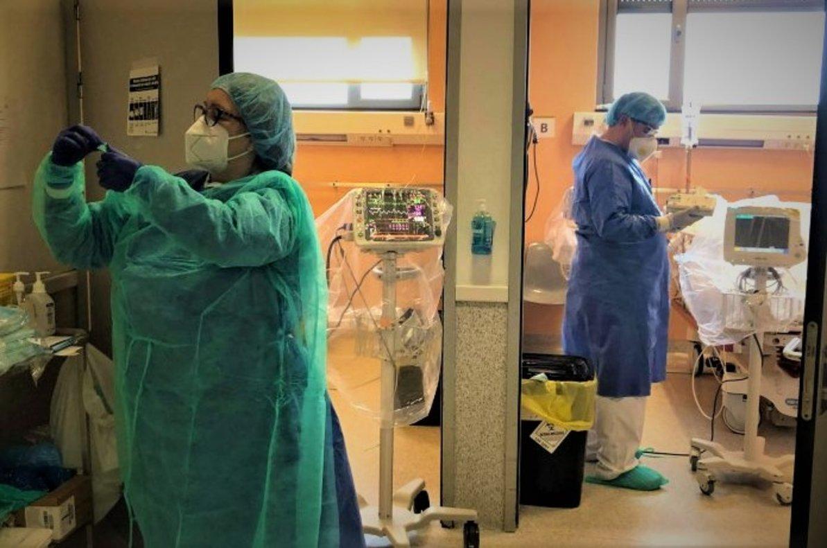 Profesionales del Hospital Esperit Sant de Santa Coloma de Gramenet.