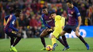 Piqué i Dembélé marquen el camí de la victòria i el Barça recupera el lideratge