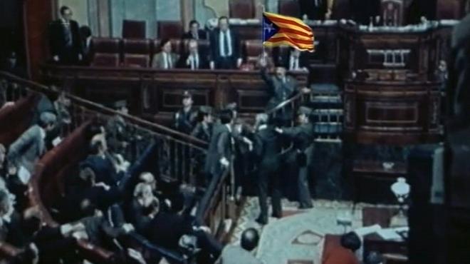 En 13 TV retocaron el golpe de Tejero añadiendo la estelada.