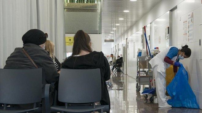 L'allau de nous contagis posa els centres de salut contra les cordes
